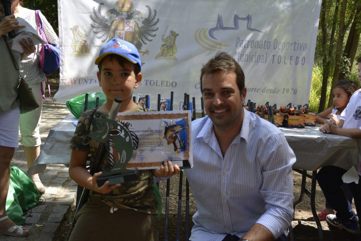 http://www.toledo.es/wp-content/uploads/2019/08/mateo-diaz-1200x800.jpg. Mateo Díaz obtiene la pieza de mayor peso en el XVI Trofeo de Pesca Infantil 'Feria Ciudad de Toledo' que contó con 34 inscritos
