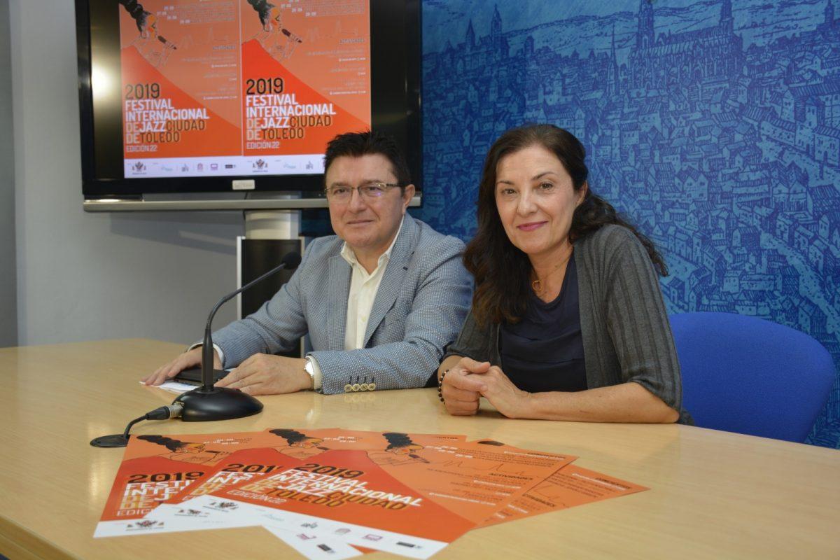 http://www.toledo.es/wp-content/uploads/2019/08/teo-garcia_festival-internacional-de-jazz-1200x800.jpg. El Festival Internacional de Jazz contará con Pedro Iturralde y Tsidii Le Loka en una programación de cultura abierta a la ciudad