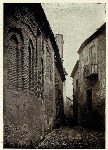 004_TRA-1927-240-Callejón de Santa Isabel-Foto Clavería