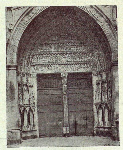 007_TRA-1922-188-Catedral, Puerta del Reloj-Foto Irumberri