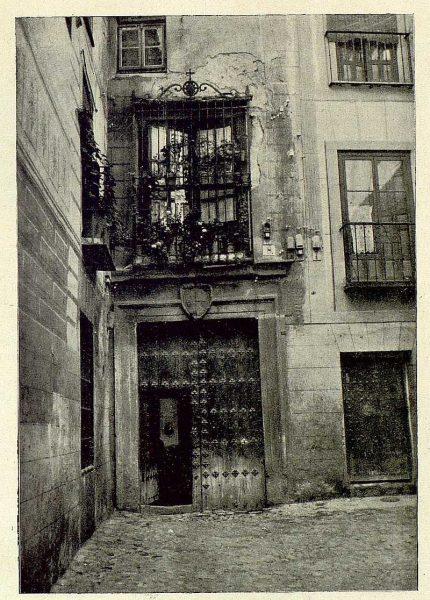 007_TRA-1930-277-Callejón de Gigantones-Foto Rodríguez