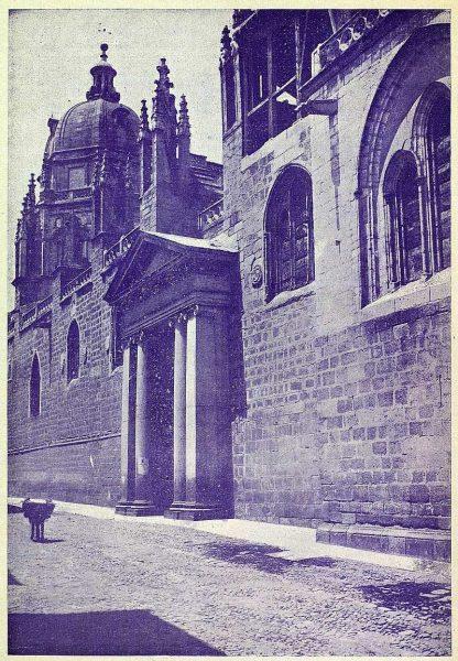 017_TRA-1925-219-Catedral, puerta Llana-Foto Rodríguez