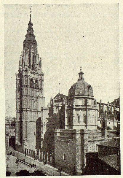 018_TRA-1925-221-Catedral, fachada principal-Foto Rodríguez