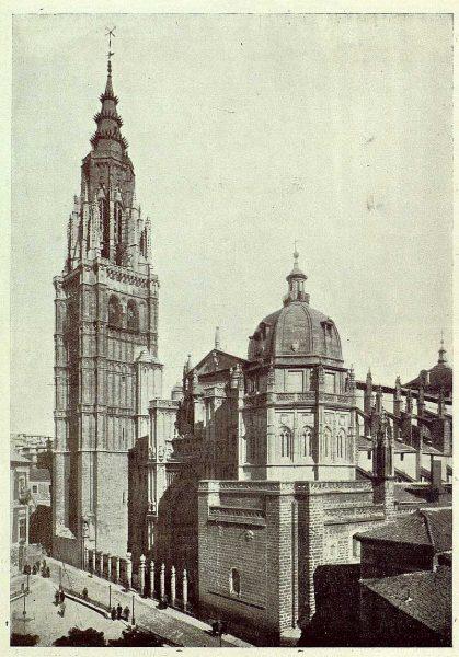 020_TRA-1925-223-Catedral, fachada y torre-Foto Rodríguez