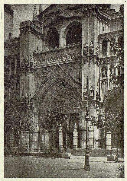 025_TRA-1925-226-Catedral, puerta del Perdón