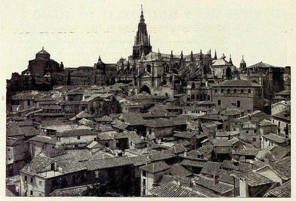 026_TRA-1927-242-Catedral, vista