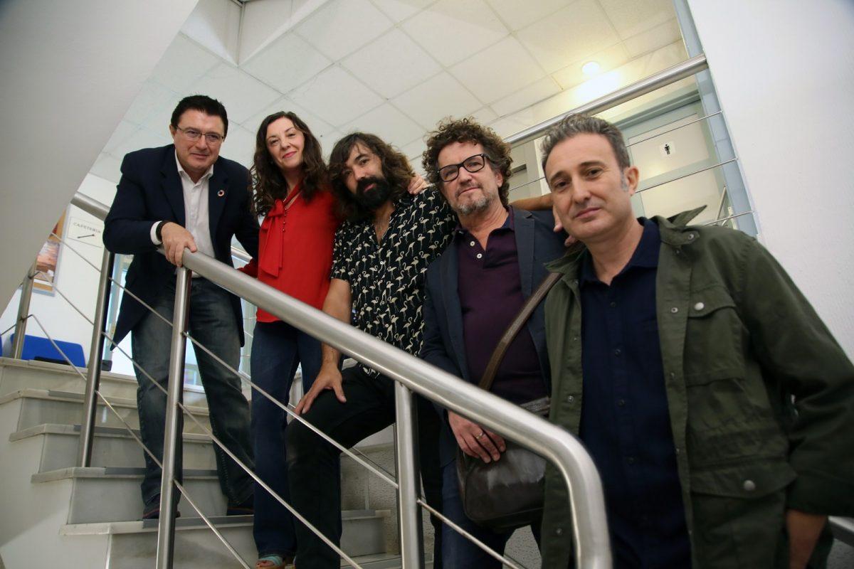 https://www.toledo.es/wp-content/uploads/2019/09/02_rueda_prensa_jazz-1200x800.jpg. El Ayuntamiento presenta la primera producción de músicos toledanos que abrirá este jueves el Festival Internacional de Jazz