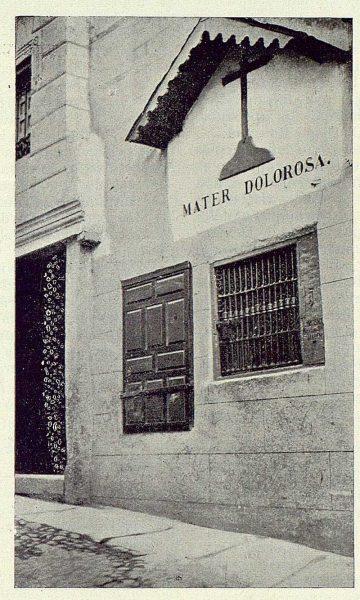 031_TRA-1924-211-Calle de Alfileritos, Virgen de los Alfileritos, hornacina-Foto Goitia
