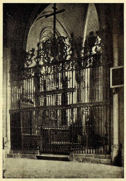 037_TRA-1928-262-Catedral, capilla de Nuestra Señora del Alcázar- Foto Clavería