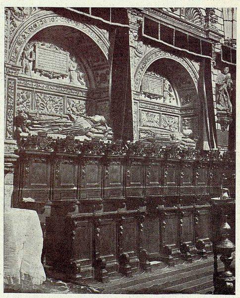 038_TRA-1926-234-Catedral, capilla de Reyes Nuevos-01
