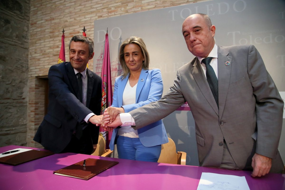 https://www.toledo.es/wp-content/uploads/2019/09/03_firma_convenio_montemadrid-1200x800.jpg. Milagros Tolón destaca el binomio empleo y conservación del patrimonio a través de la nueva Escuela de Empleo Municipal