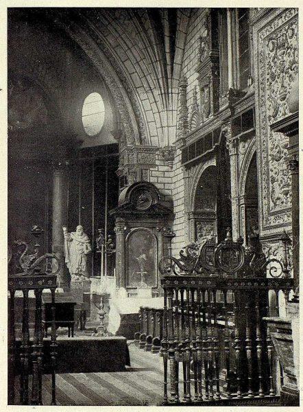 042_TRA-1926-234-Catedral, capilla de Reyes Nuevos-02