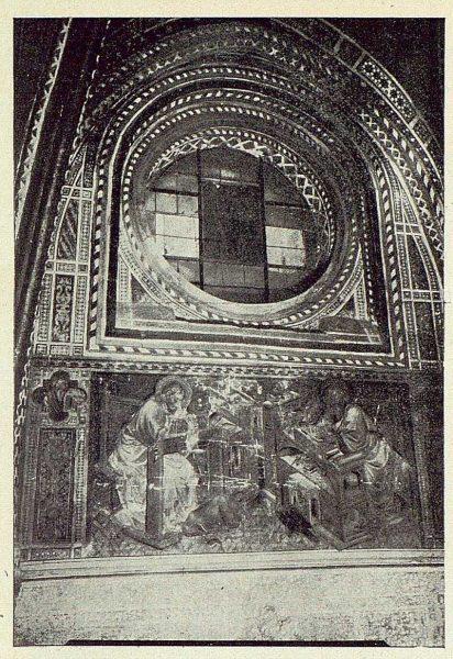 046_TRA-1924-206-Catedral, capilla de Pedro Tenorio (San Blas), pintura mural y ojo de buey en vidriera-Foto Rodríguez