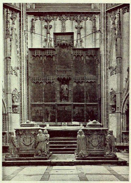 053_TRA-1929-264-Catedral, capilla de Santiago-01-Foto Clavería
