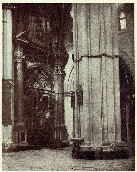 057_TRA-1928-252-Catedral, capilla del Sagrario-Foto Clavería