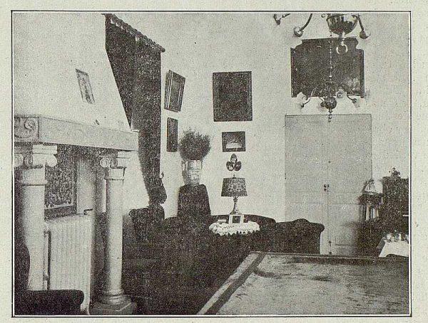 062_TRA-1921-177-Casa de Barcience de los señores Taramona, sala-02