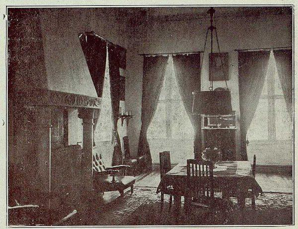 064_TRA-1921-177-Casa de Barcience de los señores Taramona, sala-04