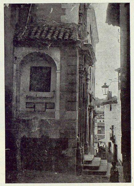 066_TRA-1924-203-Cuesta de San Justo, Cristo de las Cuchilladas-Foto Comendador