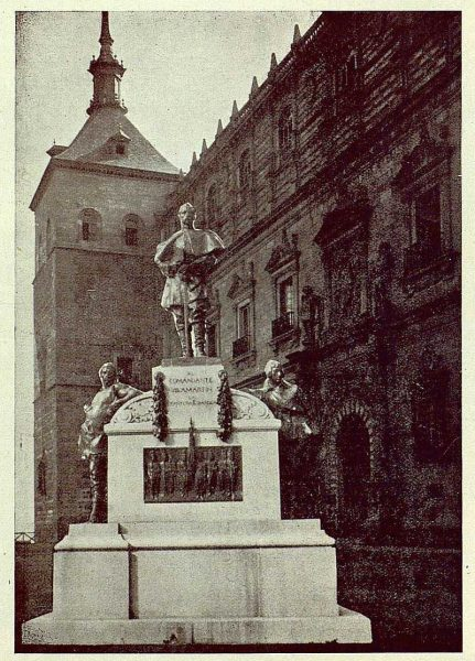 066_TRA-1925-220 - Monumento al Comandante Villamartín - Foto Rodríguez