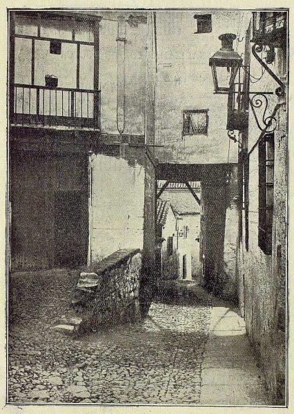 068_TRA-1921-168-Plaza de la Cruz-Foto Lacoste