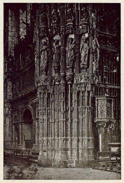 068_TRA-1921-173-Catedral, exterior de la Capilla Mayor-Foto Clavería