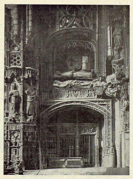 069_TRA-1922-180-Catedral, interior de la Capilla Mayor-Foto Clavería
