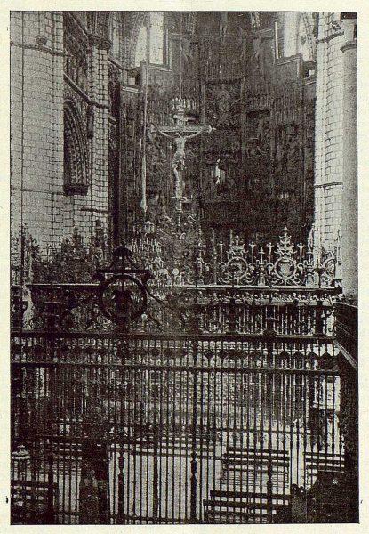 070_TRA-1923-198-Catedral, Capilla Mayor-Foto Clavería