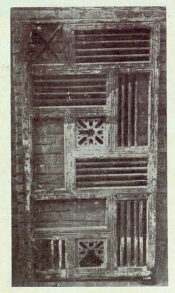 072_TRA-1922-181-Plaza de la Judería, celosía encontrada en el número 15-Foto Bermejo