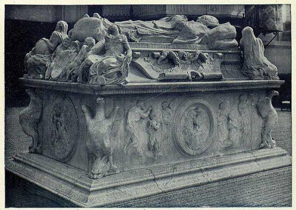 073_TRA-1927-241 - Sepulcro del Cardenal Tavera - Foto Clavería