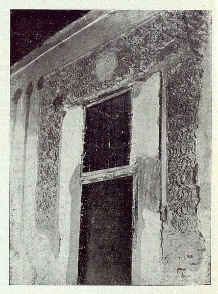 075_TRA-1922-189-Plaza de las Carmelitas 2, arrabá descubierto en una casa-Foto Román