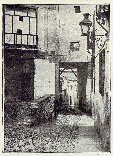 076_TRA-1923-193-Plaza de la Cruz