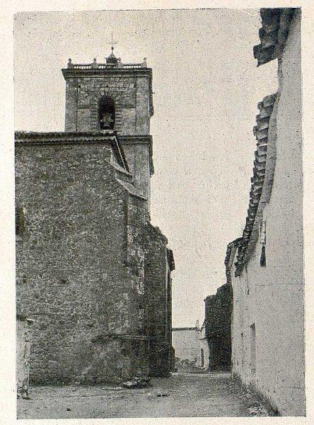 084_TRA-1931-287-El Toboso, una calle