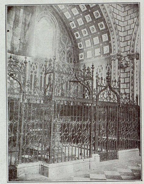 089_TRA-1921-171-Catedral, coro y reja de la Capilla Mozárabe