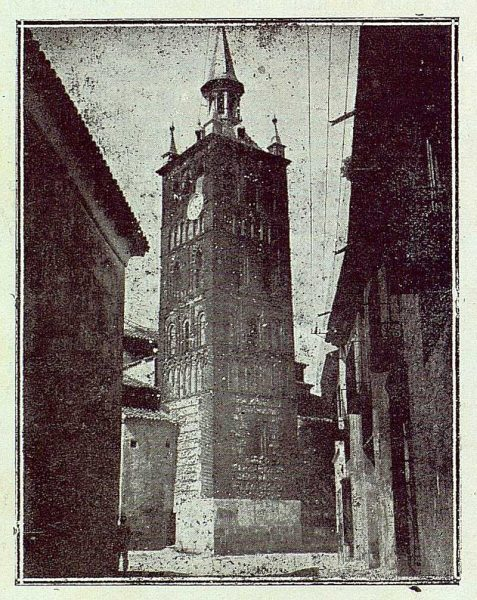 091_TRA-1923-200-Iglesia de Illescas, exterior-Foto Román