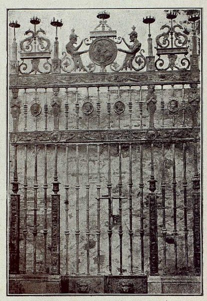 094_TRA-1921-172 - Reja forjada y repujada de Julio Pascual