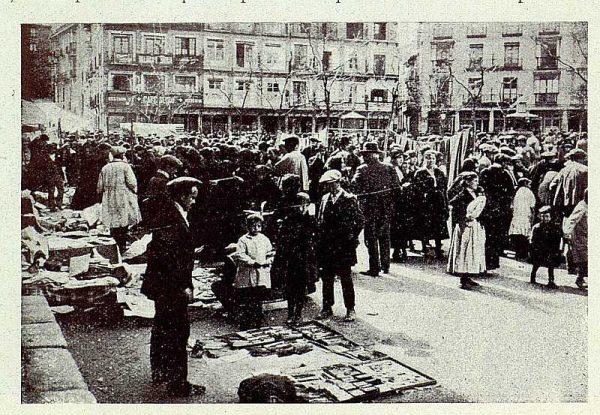 101_TRA-1927-248-Plaza de Zocodover, típico Martes