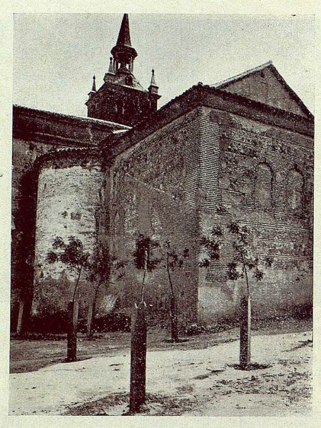 102_TRA-1929-265-Illescas, iglesia de Santa María, ábside románico-mudéjar-Foto Aguilar