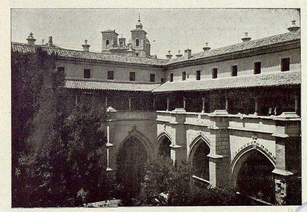 110_TRA-1921-174-Catedral, claustro-01