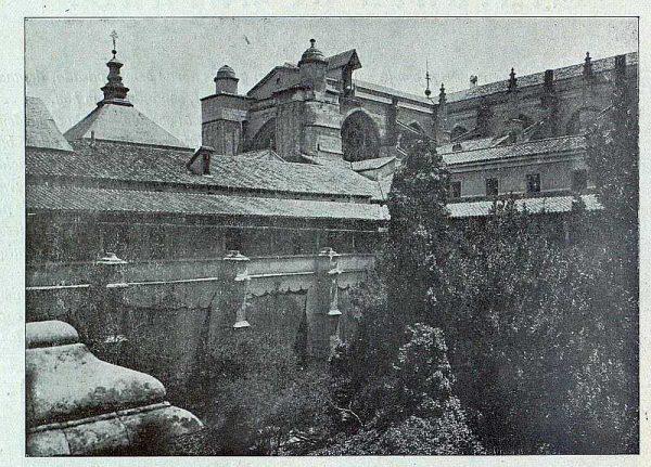 111_TRA-1921-174-Catedral, claustro-02