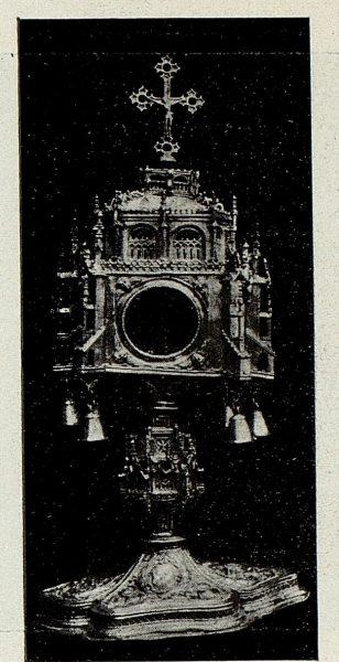 124_TRA-1926-238 - Congreso Eucarístico Nacional, exposición, custodia gótica de plata