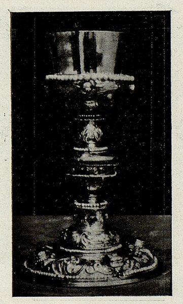 127_TRA-1926-238 - Congreso Eucarístico Nacional, exposición, cáliz de plata con perlas, Toledo