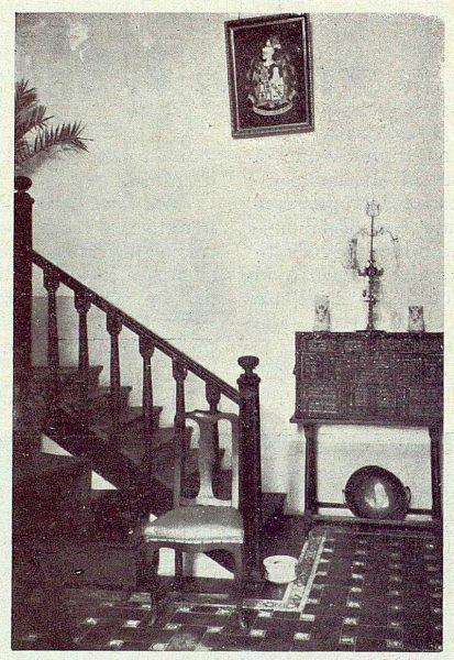 131_TRA-1922-189-Casa de Polán de Luis Hernando, zaguán y escalera-Foto Rodríguez