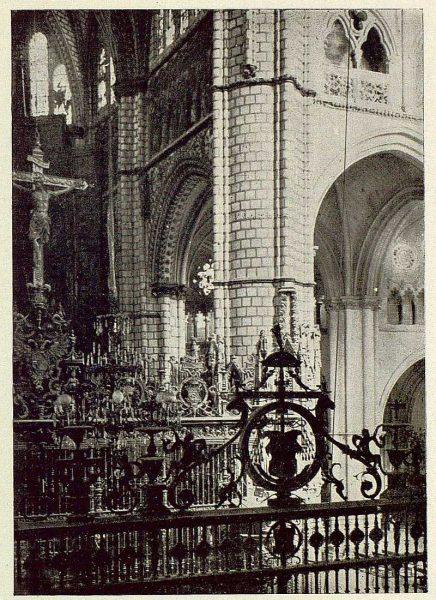 131_TRA-1929-267-Catedral, rejas del Coro y de la Capilla Mayor-Foto Clavería