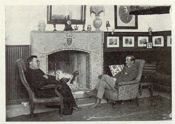 137_TRA-1923-191-La casona de San Martín de Pusa, el marqués de Zugasti con el capellán