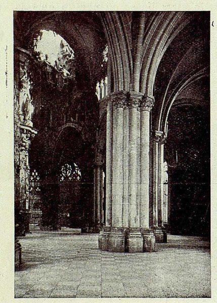 141_TRA-1927-239-Catedral, la Girola