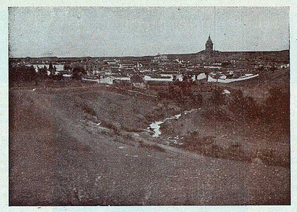 144_TRA-1924-207-San Martín de Pusa, vista general