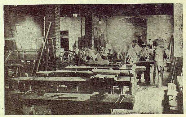 178_TRA-1923-197-Casa Mingoranz, taller de carpintería