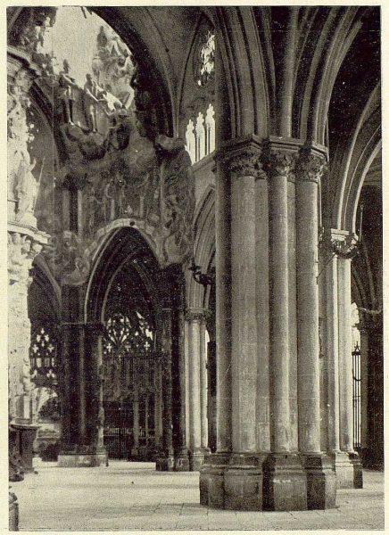 183_TRA-1929-274-Catedral, el Transparente y la Girola-Foto Clavería