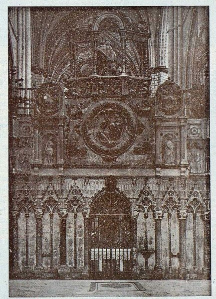 187_TRA-1924-211-Catedral, Trascoro-Foto Clavería