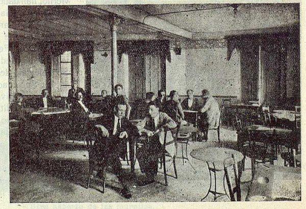 188_TRA-1923-197-Centro de Artes y Oficios, salón de recreo